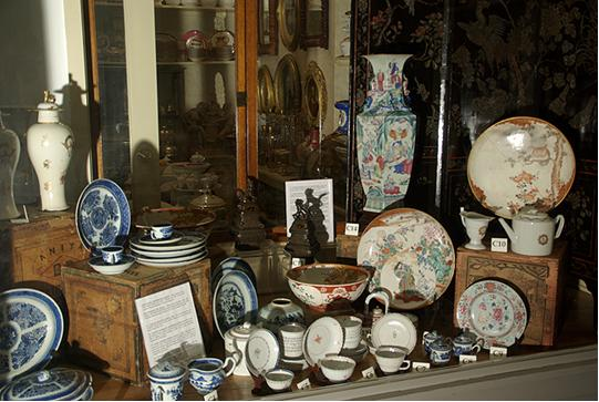 Several types of American ceramics