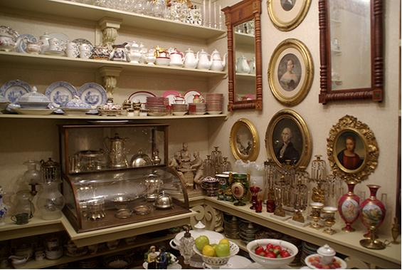 A display with several types of ceramics on it